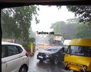 Chennai rain photo 06 traffic near loyola college 532