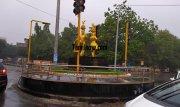 Chennai rain photo 08 karakattam statue near valluvar kottam 914