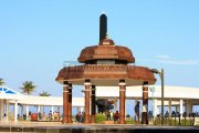 Anna memorial at marina beach 5