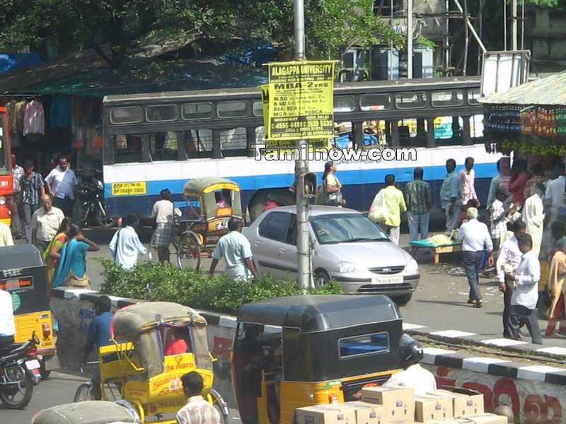 Mtc bus entering parrys stand