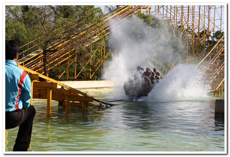 Water racer