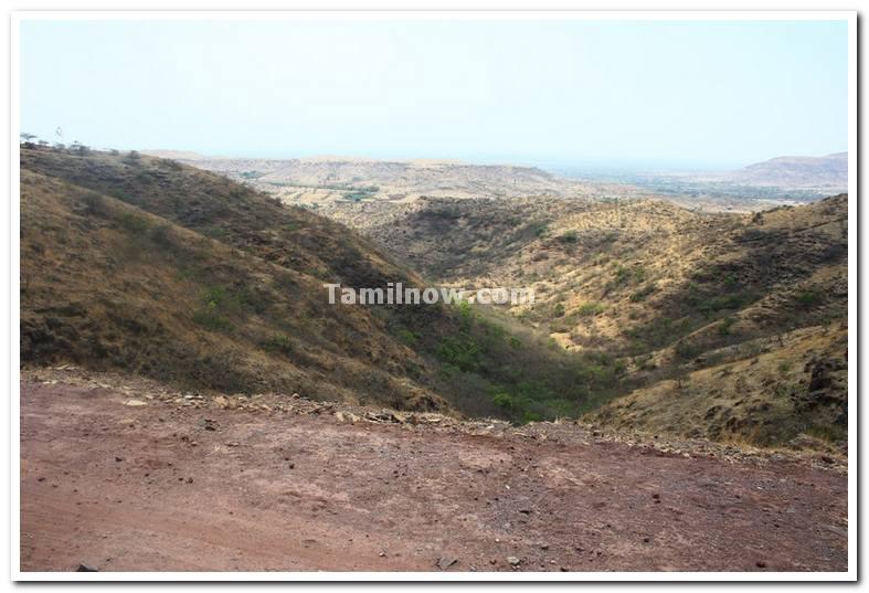 Maharashtra dandoba hills