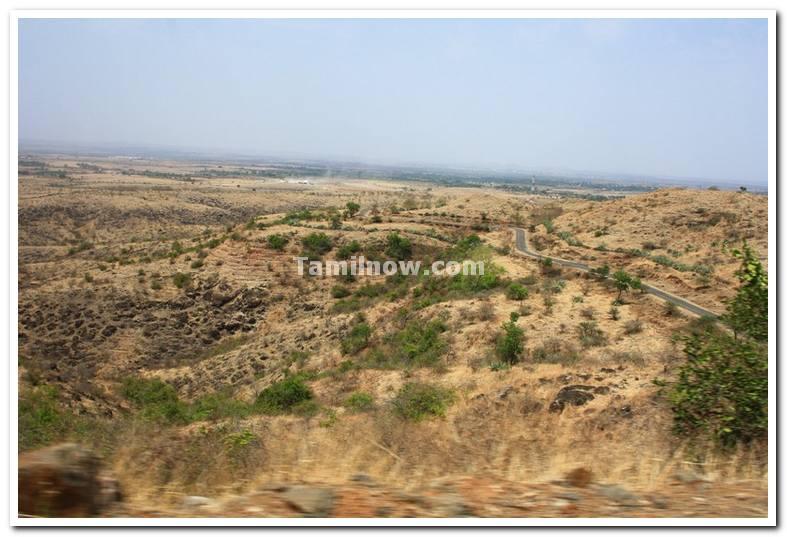 Road to dandoba hills