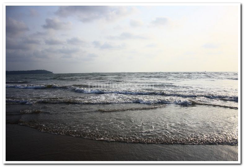 Goa miramar beach photo 3