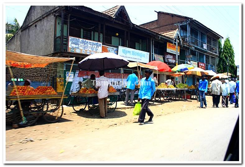 Fruit vendors near market