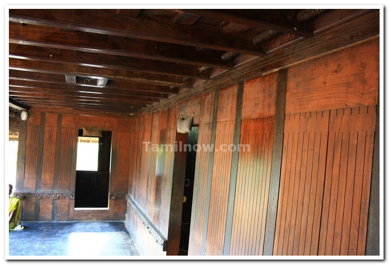 Gallery : Dakshina chitra Photo Name : Kerala style house