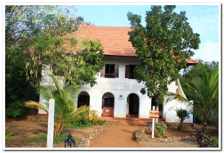 Koothattukulam christian house