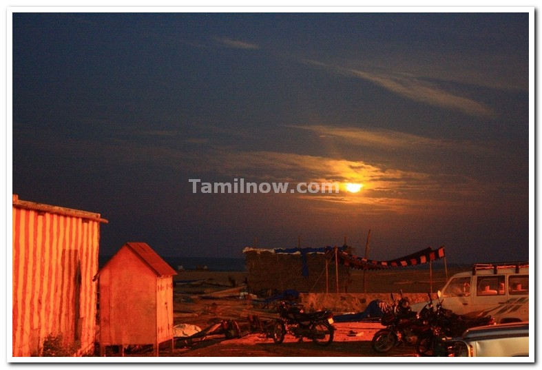Moon rising at kovalam beach 2