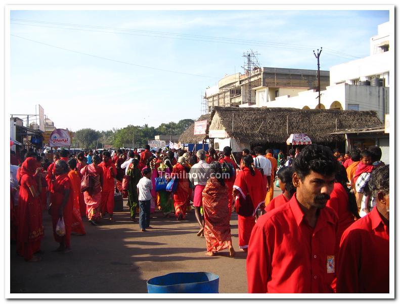 Melmaruvathur aadhi parasakthi temple photo 4
