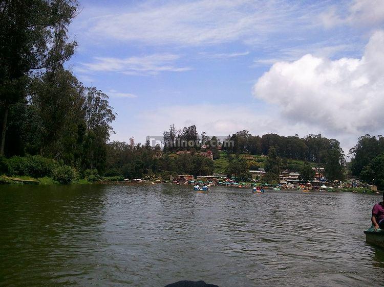 Udhagamandalam Lake photo