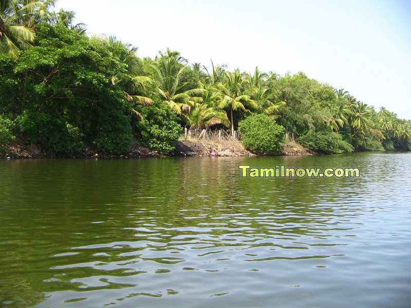 Chunnambar lake photo