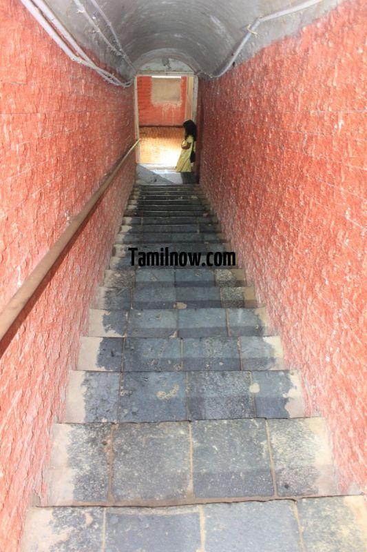 Thanjavur maratha palace insides 7 499