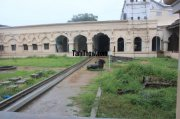 Thanjavur palace courtyard photo 95