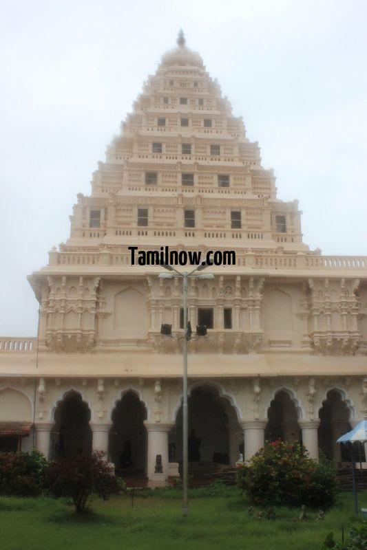 Thanjavur palace tower 1 876