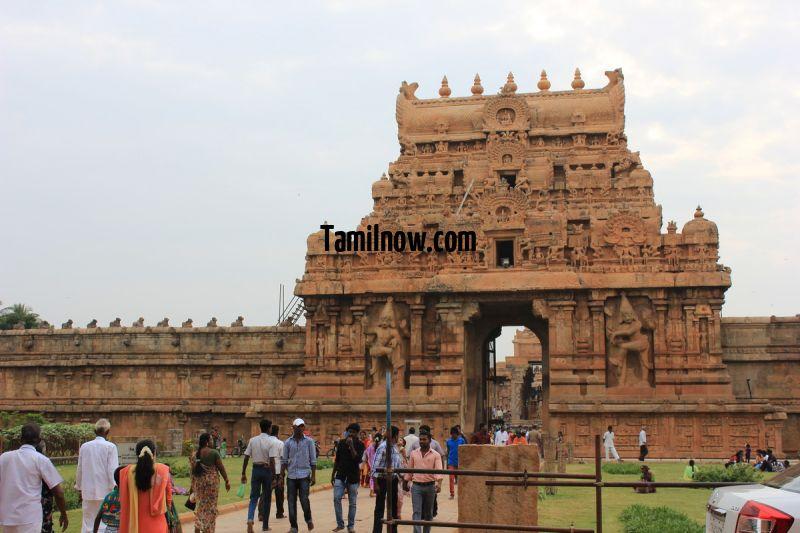 Rajarajeswara temple or big temple entrance 530