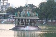 Mylapore temple tank photo 4