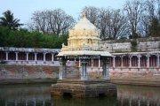 Ekambareswarar temple kanchipuram tank 2
