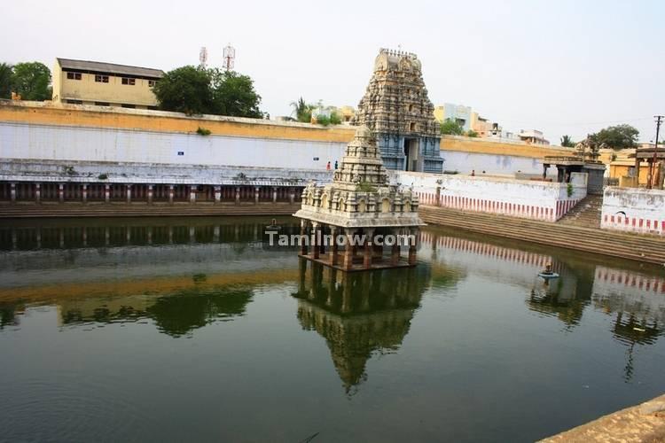 Kamatchi amman temple tank 2
