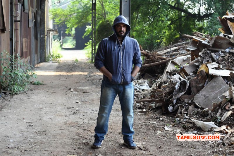 Ajith Tamil Hero New Pictures 5705