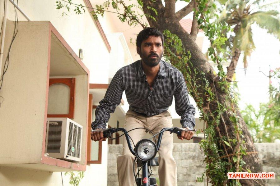 Tamil Actor Dhanush Photos 9120