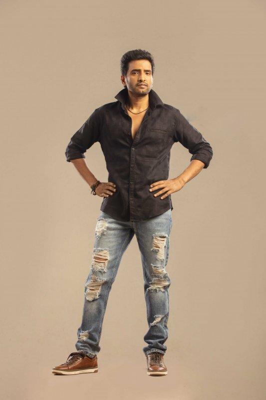 2019 Stills Santhanam Tamil Actor 8321
