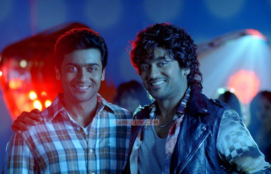 Actor Surya 2545