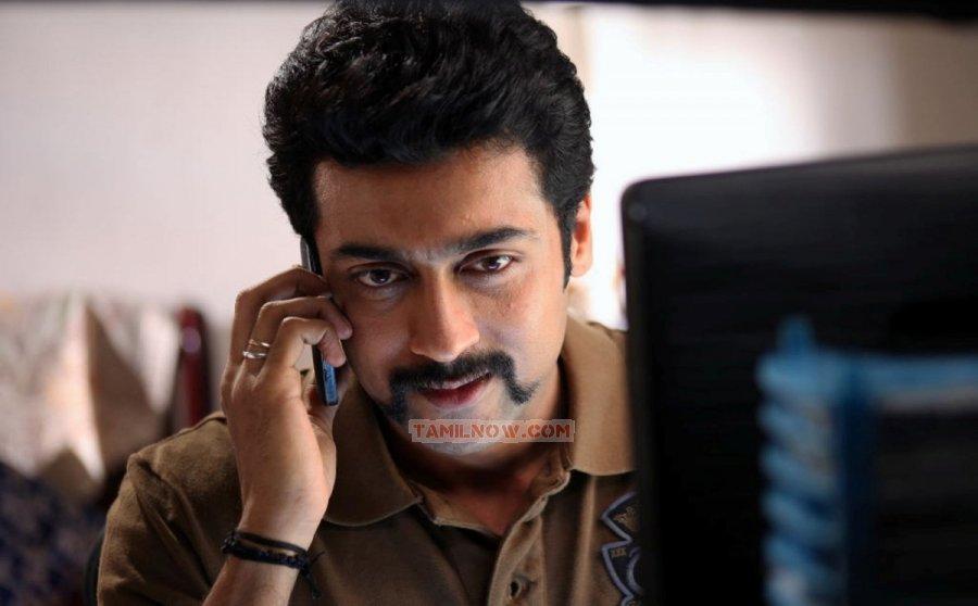 Actor Surya 6058