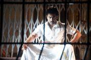 Actor Surya 7125