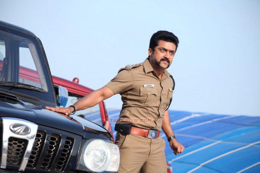 Actor Surya 8254