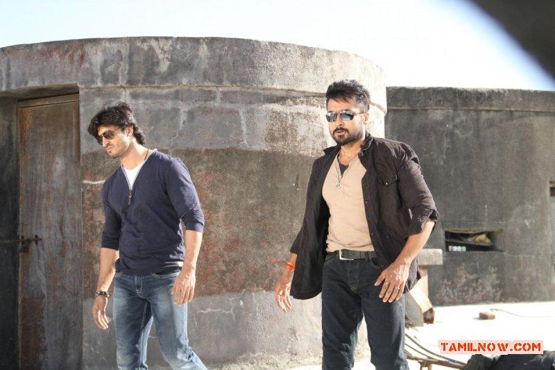 Actor Surya Photos 8670