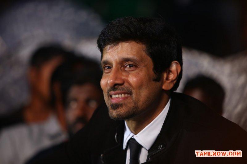Actor Vikram 8203