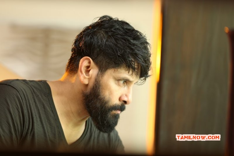Actor Vikram Pictures 4070