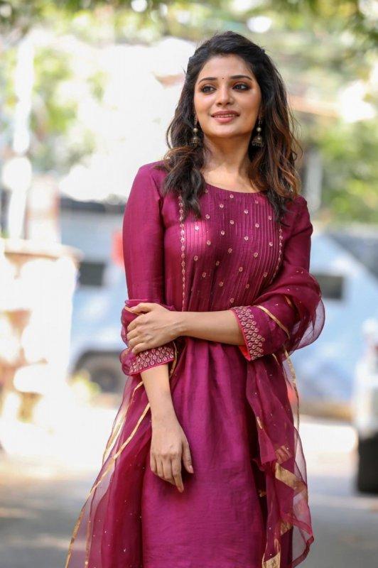 2020 Image Tamil Movie Actress Aathmika 1316