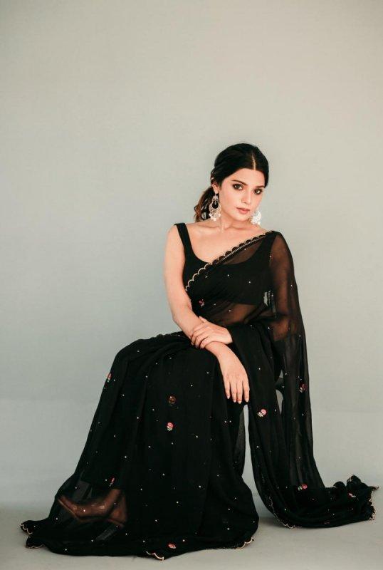 Actress Aathmika Nov 2020 Galleries 9269