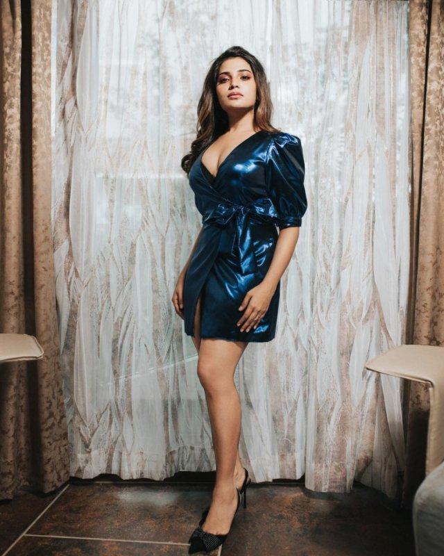 New Wallpaper Tamil Movie Actress Aathmika 7444