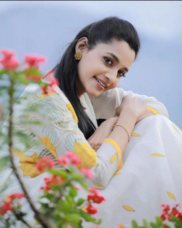 Abarnathi Movie Actress Latest Picture 8966