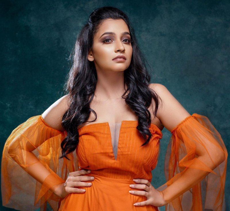 Recent Images Abarnathi Actress 8635