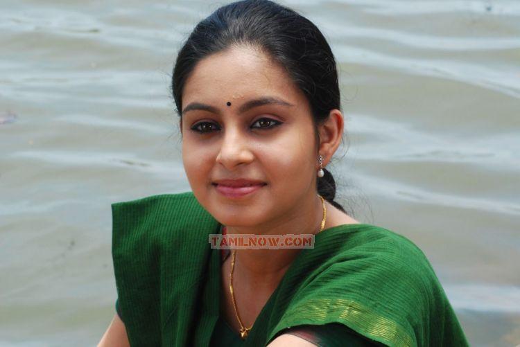 Actress Abhinaya Images 980
