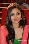 Aishwarya Devan Tamil Actress Pic 5896