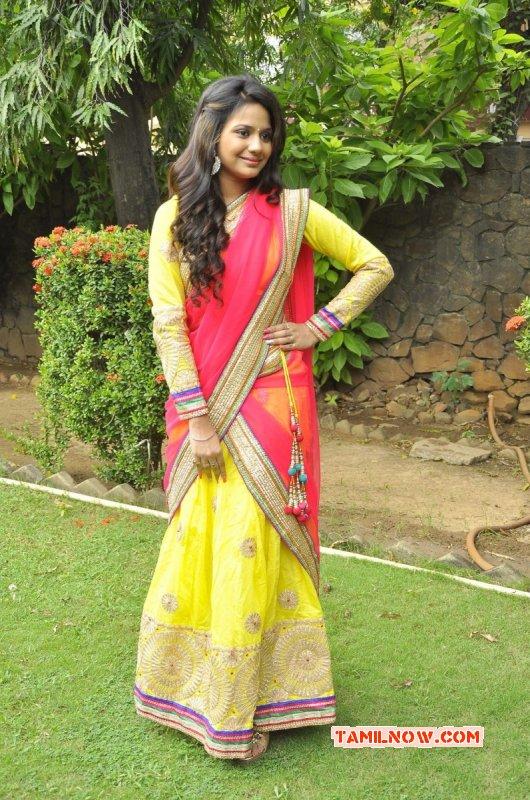 Film Actress Aishwarya Dutta Recent Picture 3982