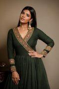 Actress Aishwarya Rajesh New Album 1358