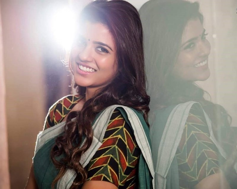 Aishwarya Rajesh Tamil Actress New Still 2155