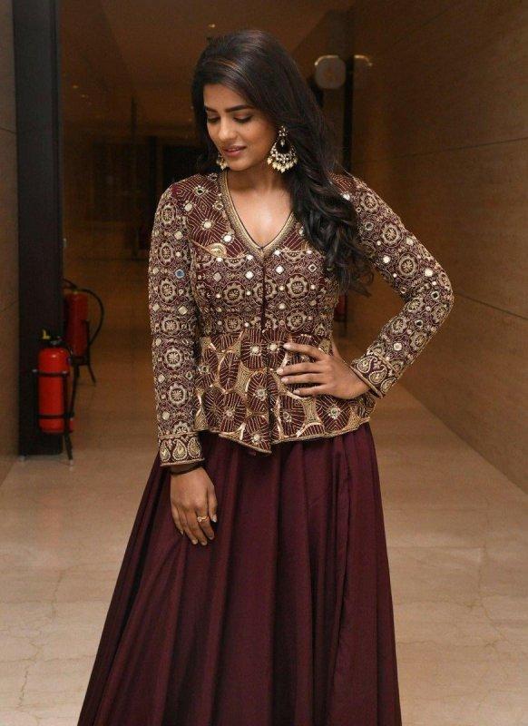Cinema Actress Aishwarya Rajesh New Stills 3545