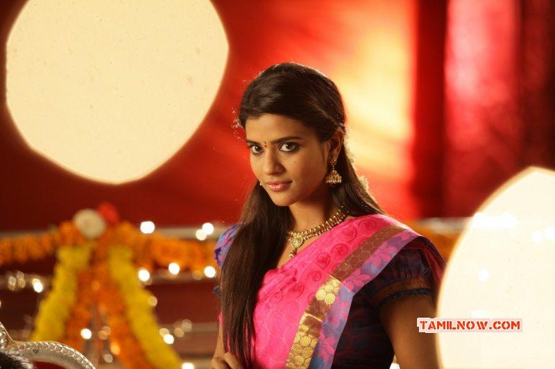 Cinema Actress Aishwarya Rajesh Pic 8607