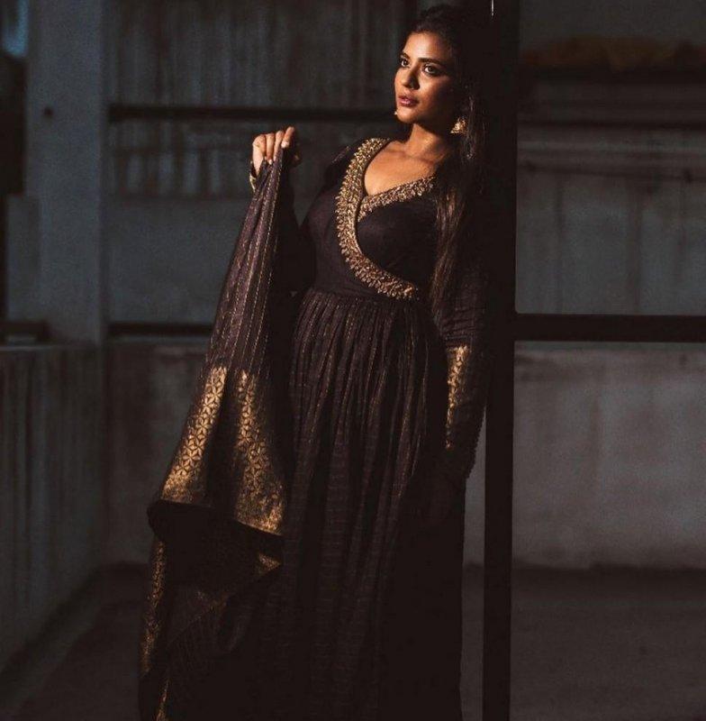 Indian Actress Aishwarya Rajesh 2020 Pictures 1709