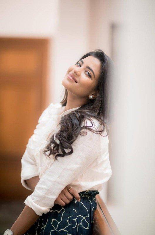 Latest Pic South Actress Aishwarya Rajesh 9080