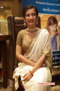 Akshara Haasan Tamil Movie Actress Aug 2015 Image 7341