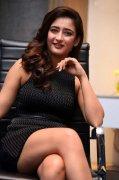Photos Akshara Haasan Actress 4498