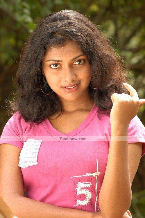 Amala Paul Photo 2