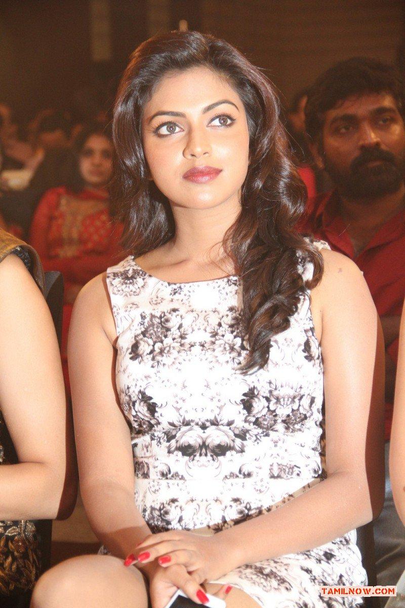 Tamil Actress Amala Paul 3000